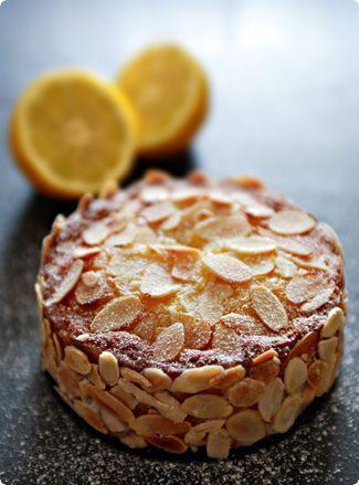 Чем съедобным можно украсить торт