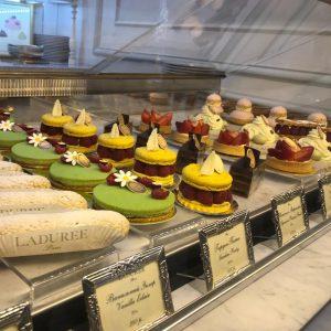 Где есть вкусные десерты в Москве? 5 кондитерских для посещения