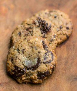 Печенье без глютена на гречневой муке с шоколадом
