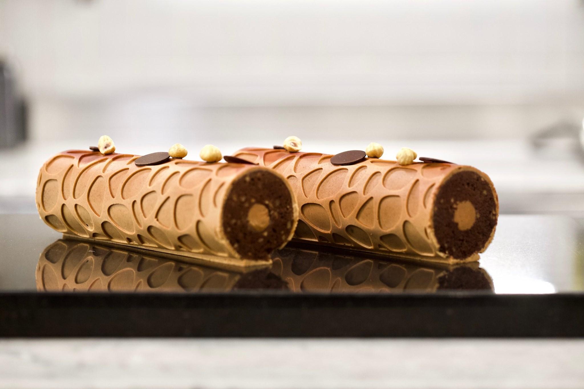 Шоколадный кекс с лимонной карамелью